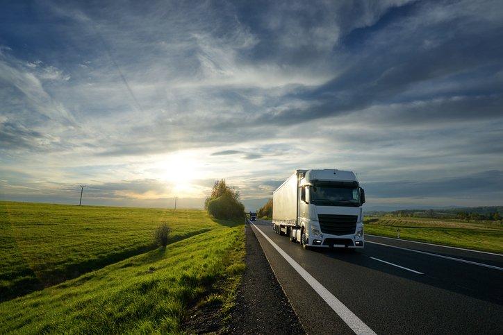 Camion della supplychain logistica e trasporti nazionale
